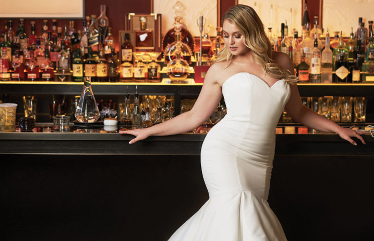 new york bride; plus-size wedding dresses near me; best bridal gowns; best bridal shop in syracuse new york; plus-size wedding gown