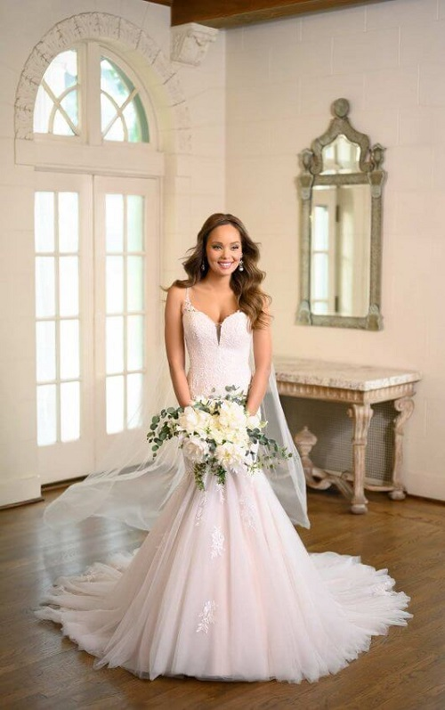 New-York-Bride-Syracuse-Stella-York-trumpet-wedding-dress-6973.