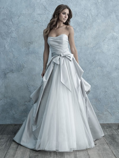New-York-Bride-Syracuse-Allure-Bridals-9665-Platinum-Shaw